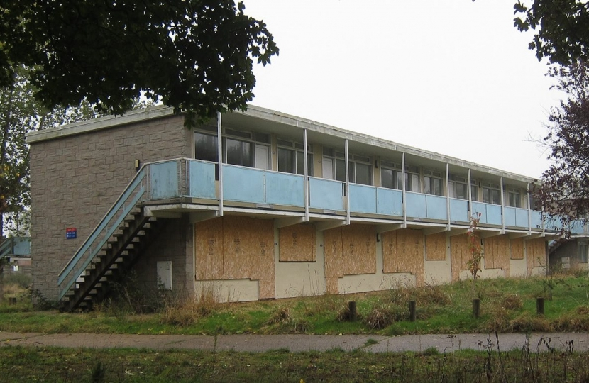 pontins decaying